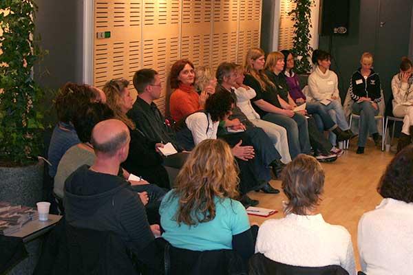 Glade kursist deltagere lærer at heale